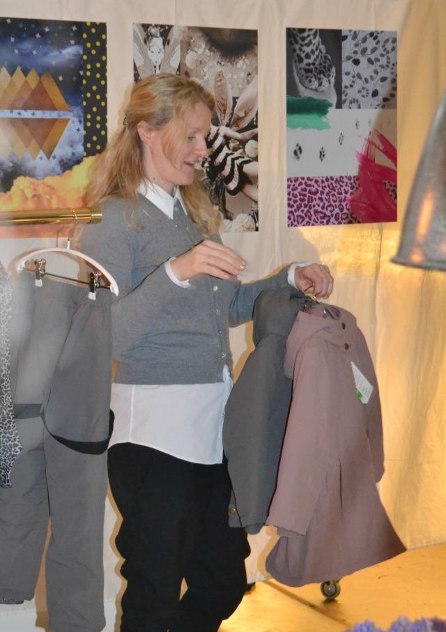 Marlene fortæller om et af efterårets store nyheder. Lækkert overtøj med fokus på kvalitet og funktionalitet.