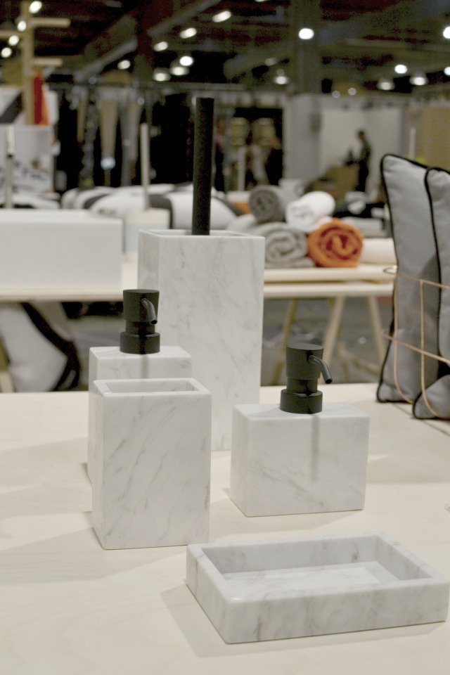 Marmor badeserie - også fra Mette Ditmer. Desværre først i butikkerne til efteråret.