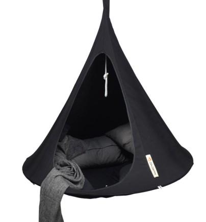 Cacoon single hængende tipi - både til indendørs- og udendørs brug.